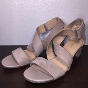 Naturalizer Adele Strappy sandal high heels 9M